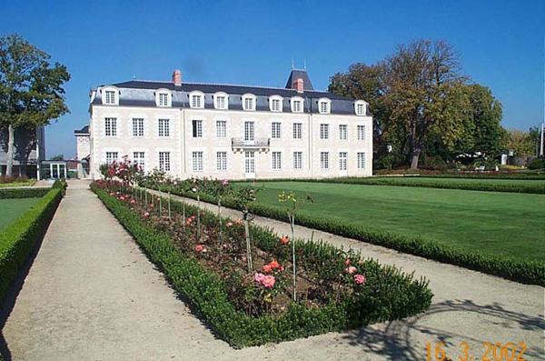 ChateauDeLaBaliniere04